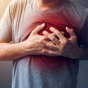 Mężczyzna ma zawał serca